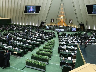 Парламент Ирана осудил референдум о независимости Иракского Курдистана